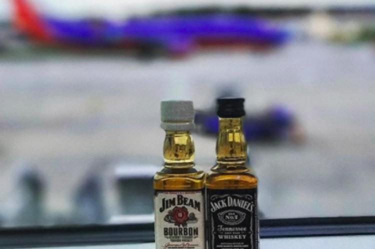 flight attendants booze