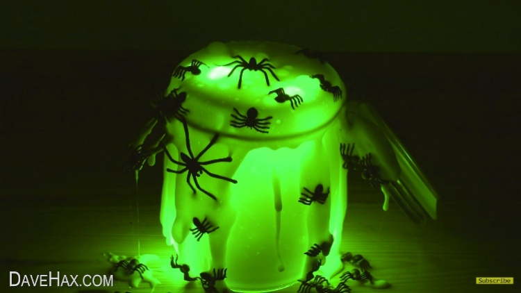 Use Borax to make DIY glow-in-the-dark spider slime