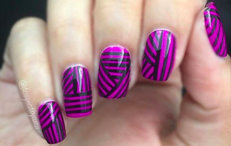 nails striped