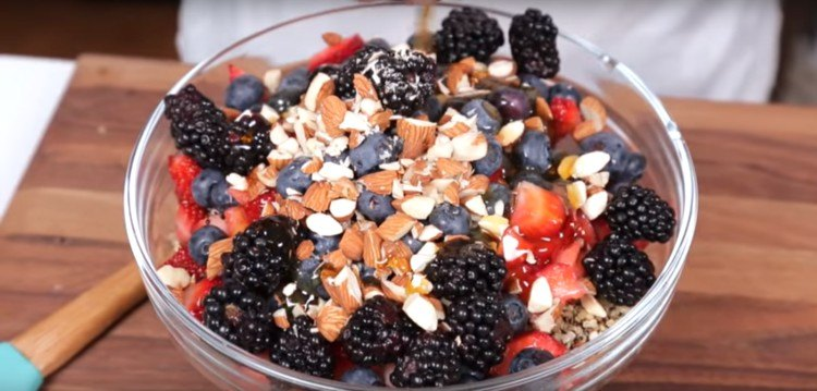 Delicious and healthy quinoa breakfast bowl.