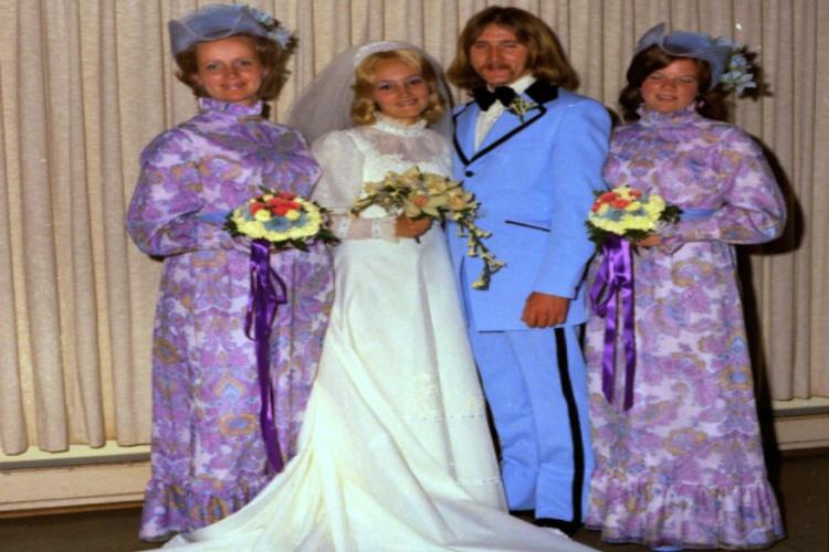 bridesmaids purple flowers