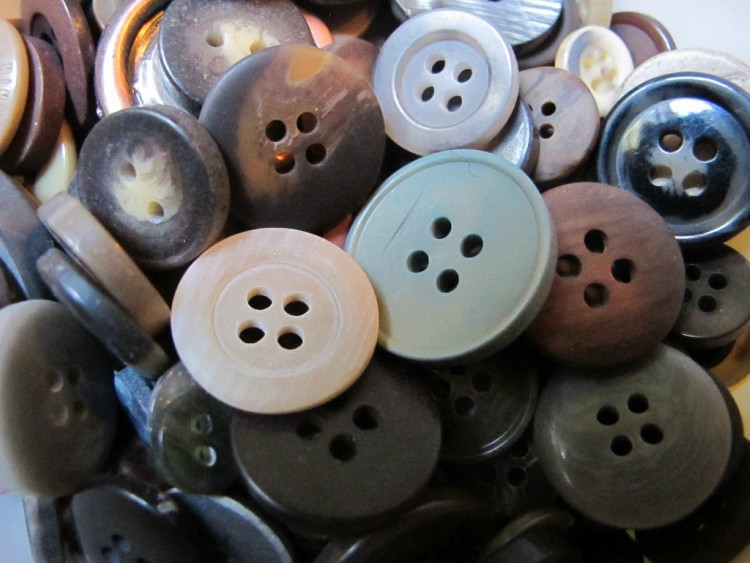Image of buttons.