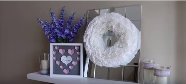 Valentine\'s wreath