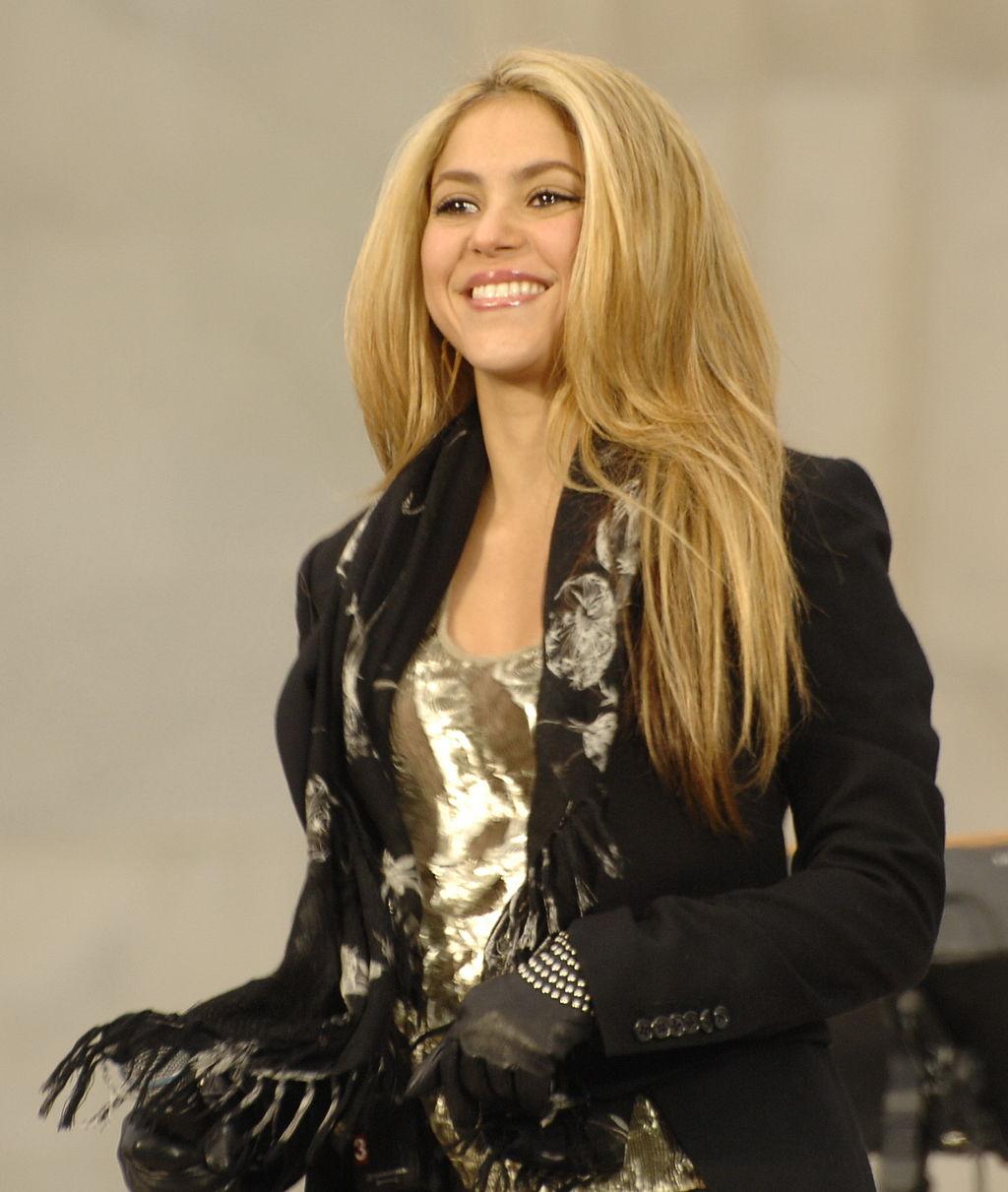 1024px-Shakira_at_Obama_Inaugural_(cropped)