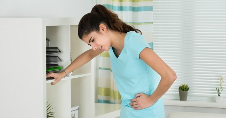 Woman has stomach poblems from not passing gas