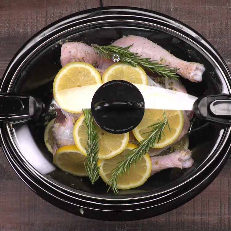 Slow cooker lemon chicken in crock pot with lid