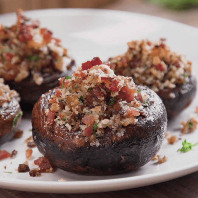 Bacon Parmesan Stuffed Mushrooms plated close-up