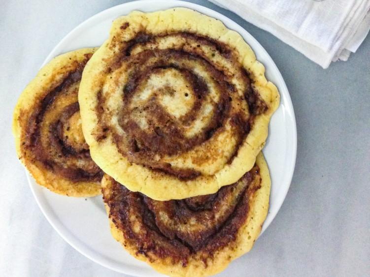 cinnamonrollpancakes-1-4a