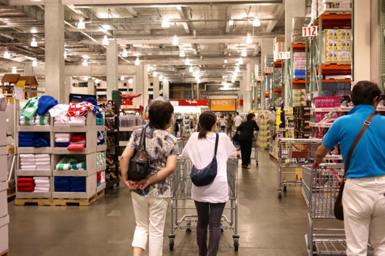 Image of shoppers in Costco.