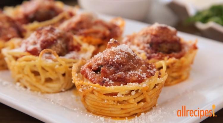 SpaghettiMeatballMuffinsForListicle