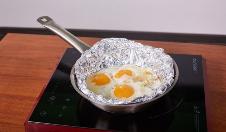 11 Unusual Aluminum Foil Hacks For Your Life