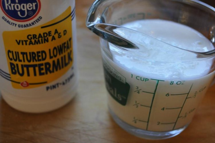 Make buttermilk substitute with lemon juice and milk