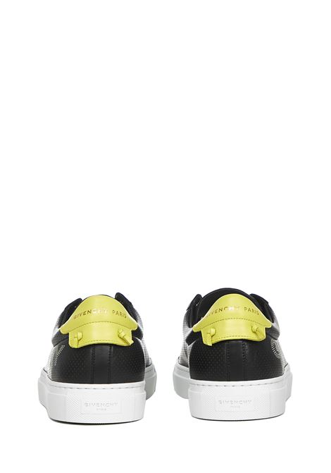 Givenchy Urban Street Sneakers  Givenchy | 1718629338 | BH0002H0NX003