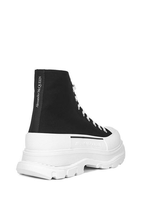 Alexander McQueen Tread Slick Boots Alexander McQueen | -679272302 | 604254W4L321070