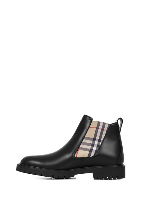 BURBERRY Boots Burberry   -679272302   8025694A1189