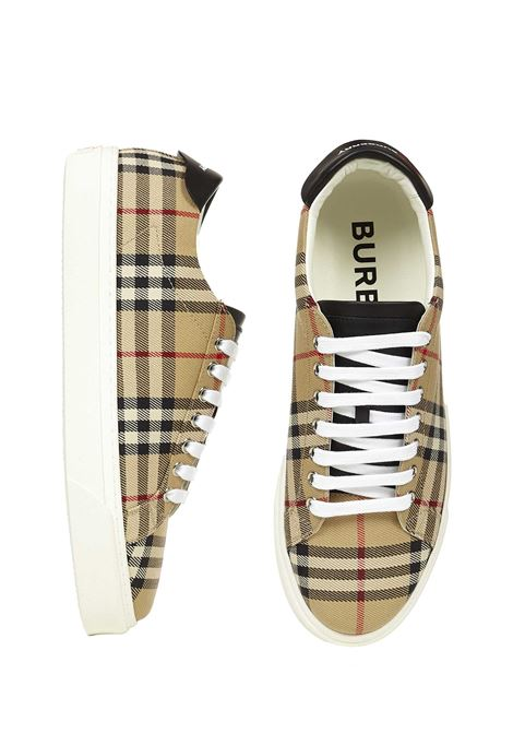 Burberry Sneakers  Burberry   1718629338   8038185A7026