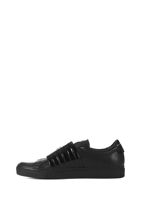 Givenchy Urban Street Sneakers Givenchy   1718629338   BH0003H0XN001