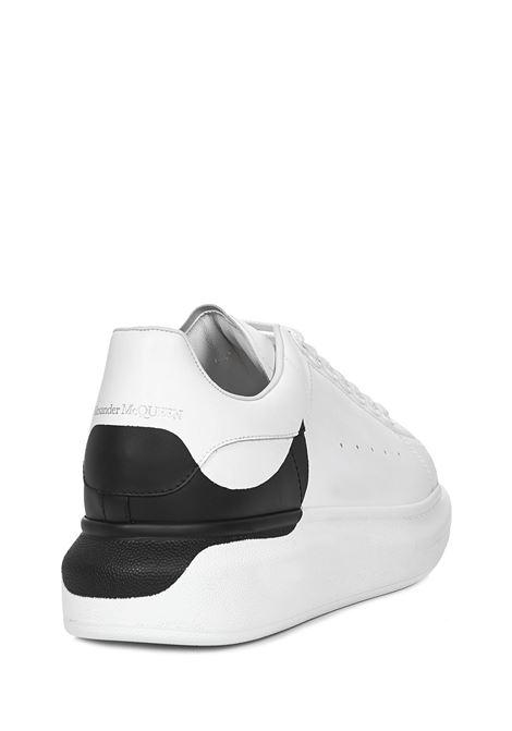 Alexander McQueen Larry Sneakers Alexander McQueen | 1718629338 | 650789WHZ4U9061