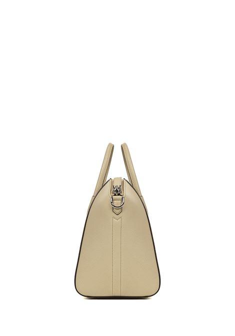 Givenchy Antigona Medium Handbag Givenchy   77132927   BB05118012250