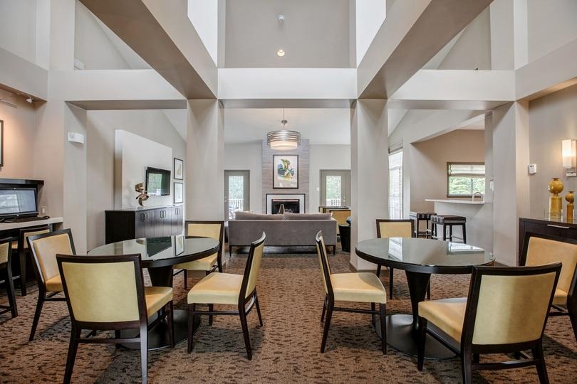 Clubroom at Cascades Overlook