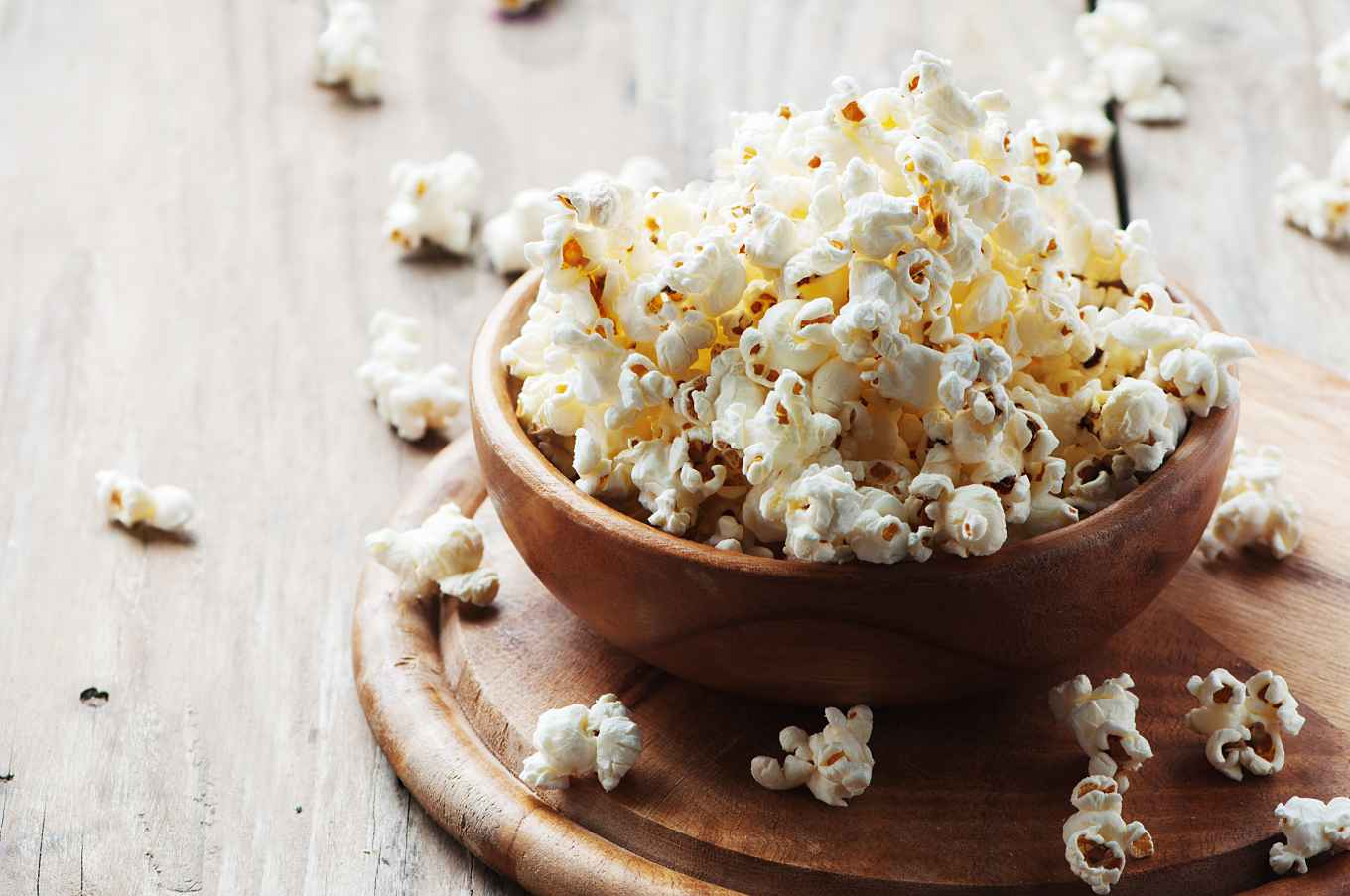 13 ways to flavor popcorn without adding calories