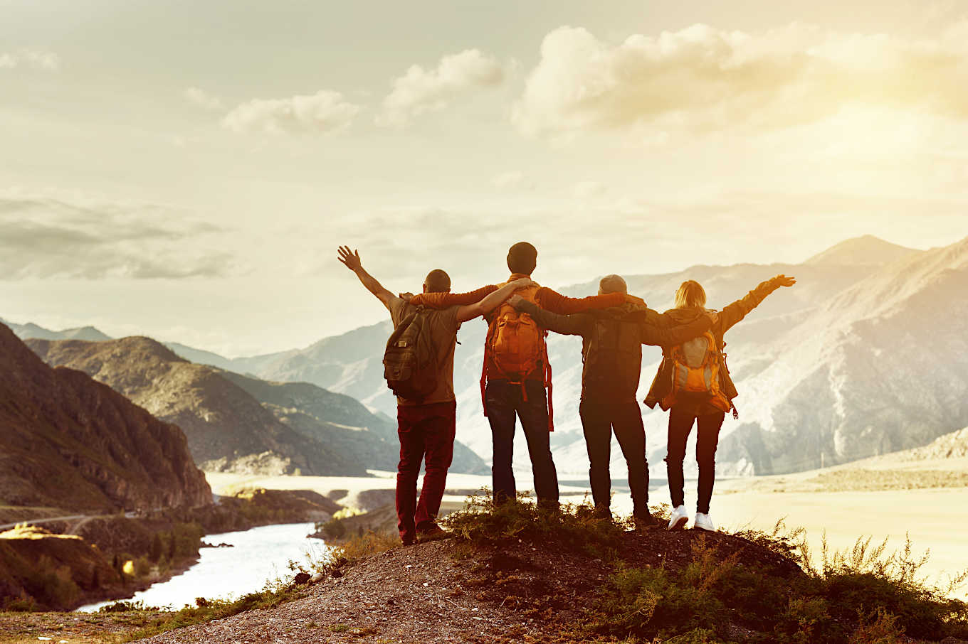 How to Build Strong Friendships around Your Health Goals