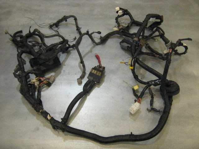 03 nissan 350z mt engine bay wiring harness 24012 cd202 ... 350z engine wiring harness honda engine wiring harness #7