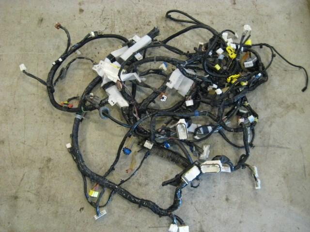 06 Nissan 350Z Main Dash Wiring Harness 24010 CF40C R13997 in Avon on nissan radio antenna, nissan alternator harness, nissan titan tow wire connector, nissan headlight diagram, nissan connector catalog, nissan connectors and pins, nissan coil connectors,