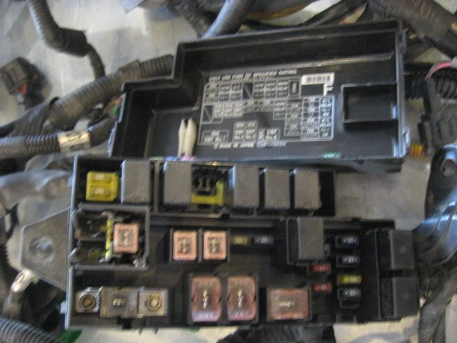 02 Subaru IMPREZA WRX Engine Bay Wiring Harness 81202FE000 R19509