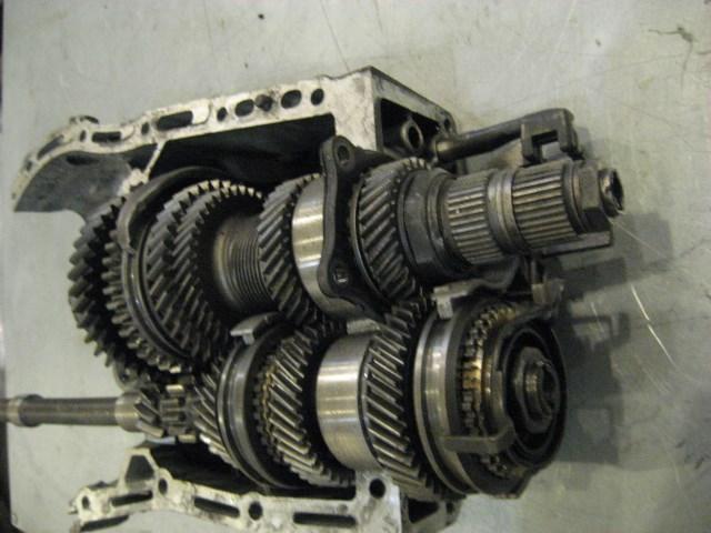 2002 subaru impreza manual transmission internals as is in. Black Bedroom Furniture Sets. Home Design Ideas