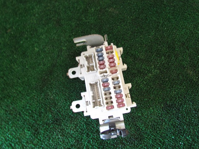 2003 Nissan 350z Interior Fuse Box Manual Transmission on