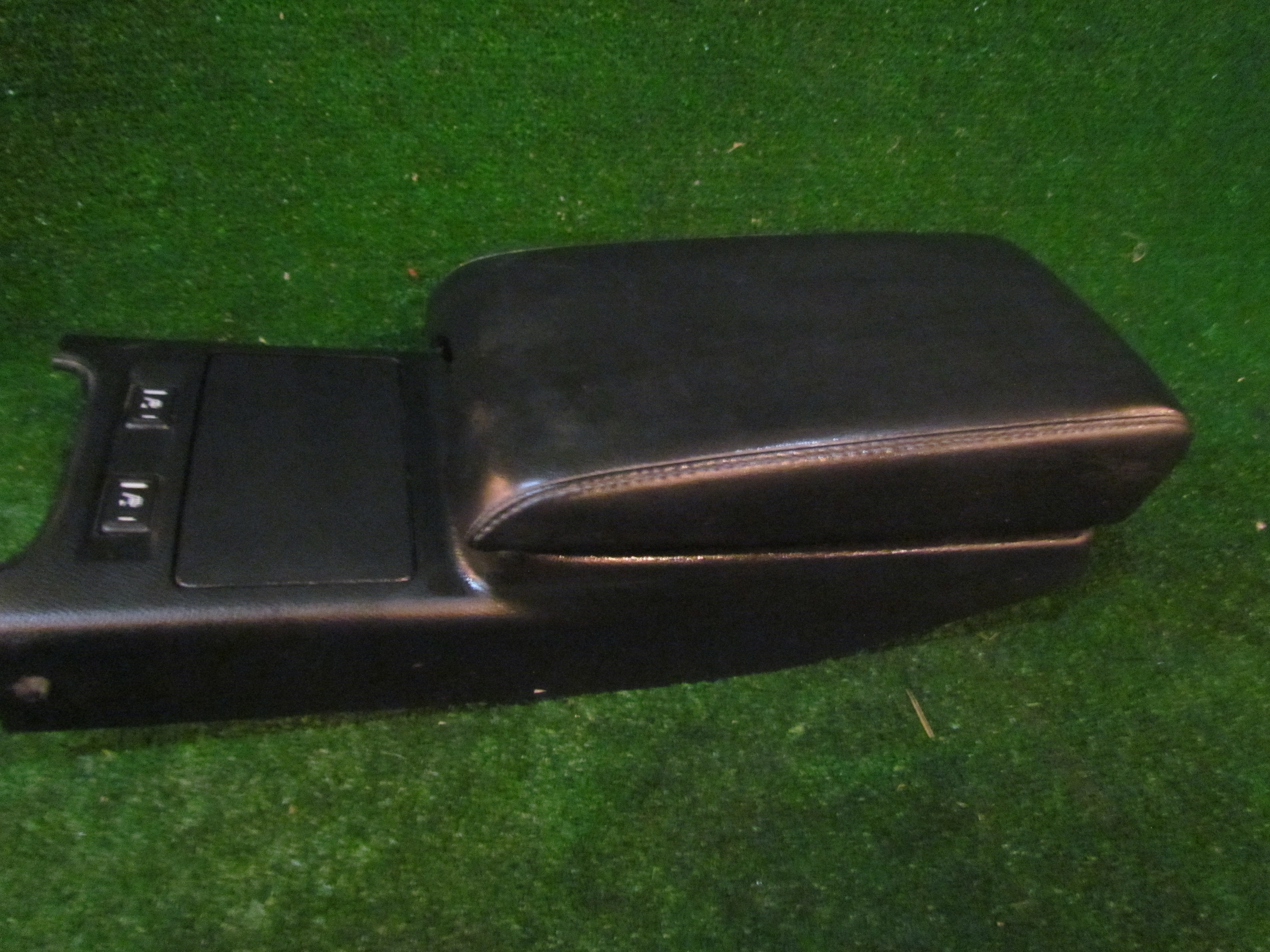 2005 infiniti g35 coupe center console arm rest 96950 ac700 ebay image is loading 2005 infiniti g35 coupe center console arm rest vanachro Choice Image
