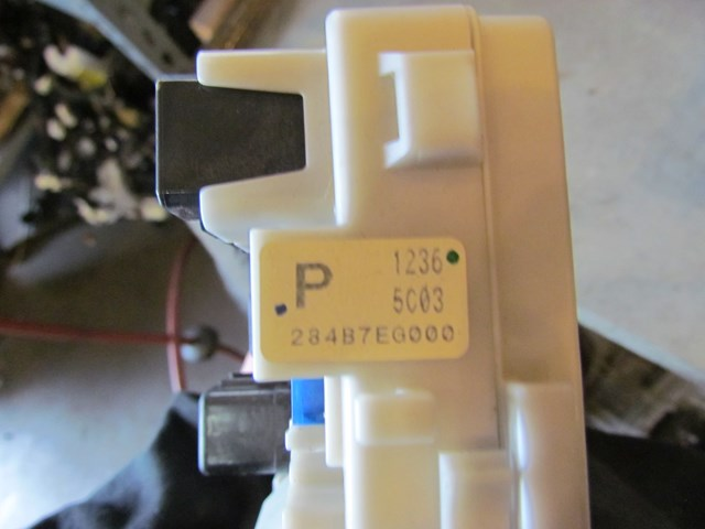 2006 infiniti m35x ipdm engine fuse box 284b7eg000