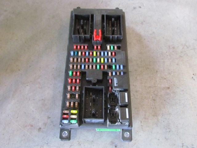 Land Rover Lr3 Fuse Box Location