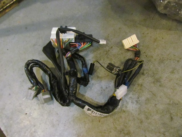 2004 subaru forester xt dash sub harness 81318sa300 in avon, mn 56310  pb#307478