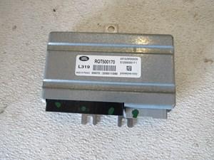 2005 Land Rover LR3 Air Suspension Control Module RQT500170