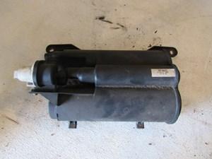 2005 Land Rover LR3 Fuel Vapor Canister WTB000272