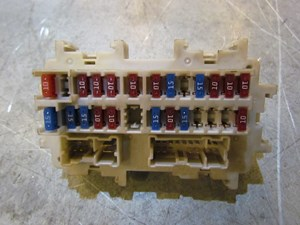 infiniti g35 fuse box parts 2006 infiniti g35 coupe lh drivers interior fuse box
