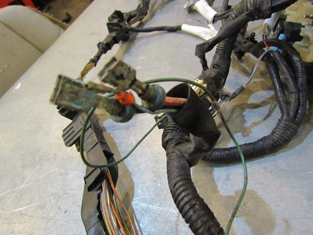 2007 mazda mazdaspeed 3 engine bay wiring harness minor damage ba6r 67010