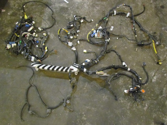 2004 subaru forester xt turbo mt interior bulkhead wiring harness  81412sa200 in avon, mn 56310 pb#39758