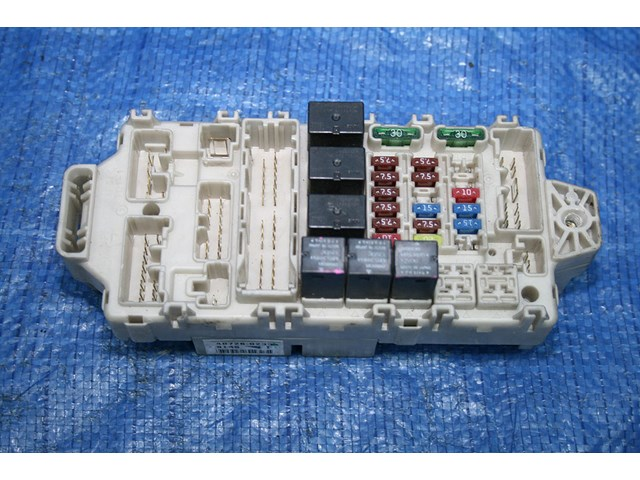 03 04 lancer evolution 8 oem interior fuse box evo8 gsr ct9a in rh partsbeast com Mitsubishi Evo 5 Mitsubishi Evo 0