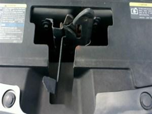 2007 Pontiac G6 Hood Latch