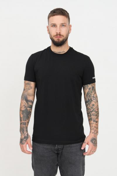 T-shirt unisex nero a manica corta con logo a contrasto sulla manica  T-shirt | D9M203610001