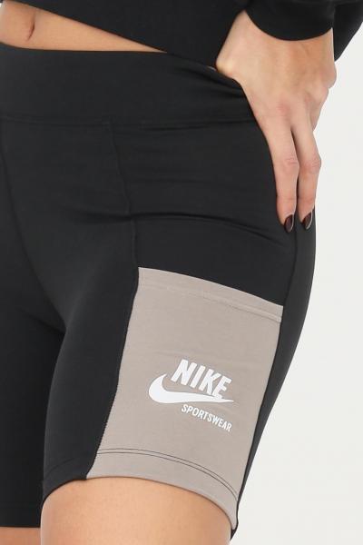 NIKE Shorts da donna modello ciclista nero nike con taschini  Shorts | DD5704010