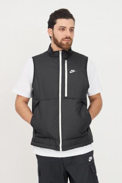 NIKE Giubbotto smanicato nike sportswear thema-fit legacy nero da uomo con zip  Giubbotti | DD6869010