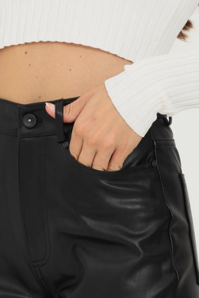 Pantaloni donna nero casual in ecopelle  Pantaloni   15209293-L32BLACK