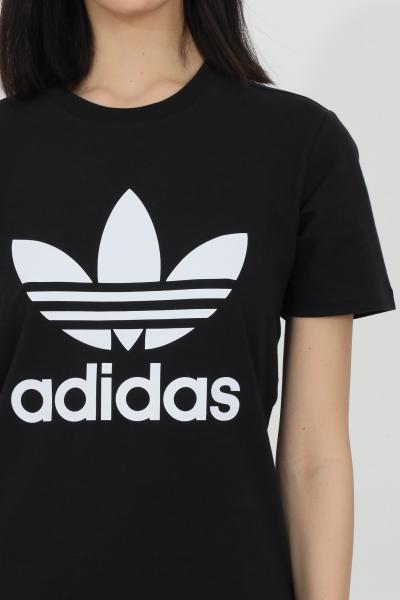 ADIDAS T-shirt donna nero adidas a manica corta con maxi logo frontale  T-shirt   GN2896.