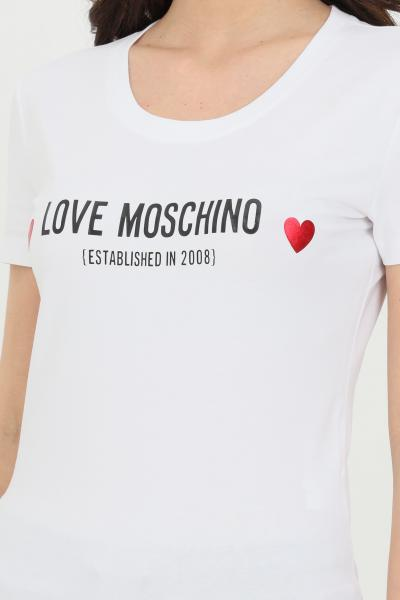 LOVE MOSCHINO T-shirt donna bianca love moschino a manica corta con logo frontale a contrasto  T-shirt   W4H1904E1951A00