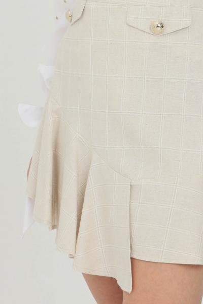 NBTS Gonna donna beige nbts corta con false tasche frontali e applicazioni oro, chiusura laterale con zip  Gonne | NB21096.
