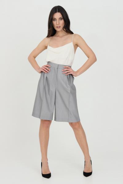 SIMONA CORSELLINI Shorts donna grigio Simona Corsellini elegante in pelle sintetica  Shorts   P21CPSH002-01-TTEL00020505